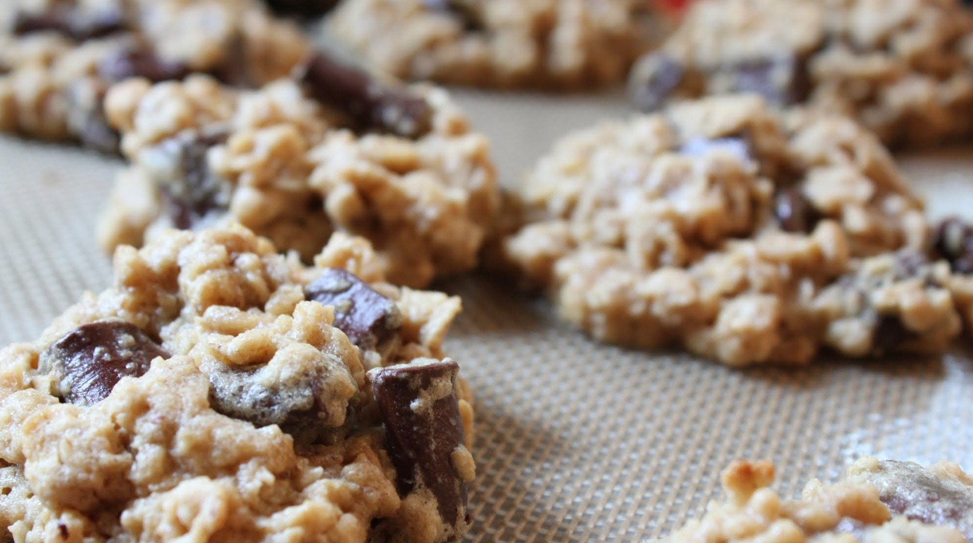 Oatmeal Chocolate Chunk Cookies (With Oat Flour!)