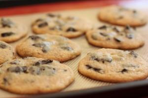One-Bowl Chocolate Chunk Cookies