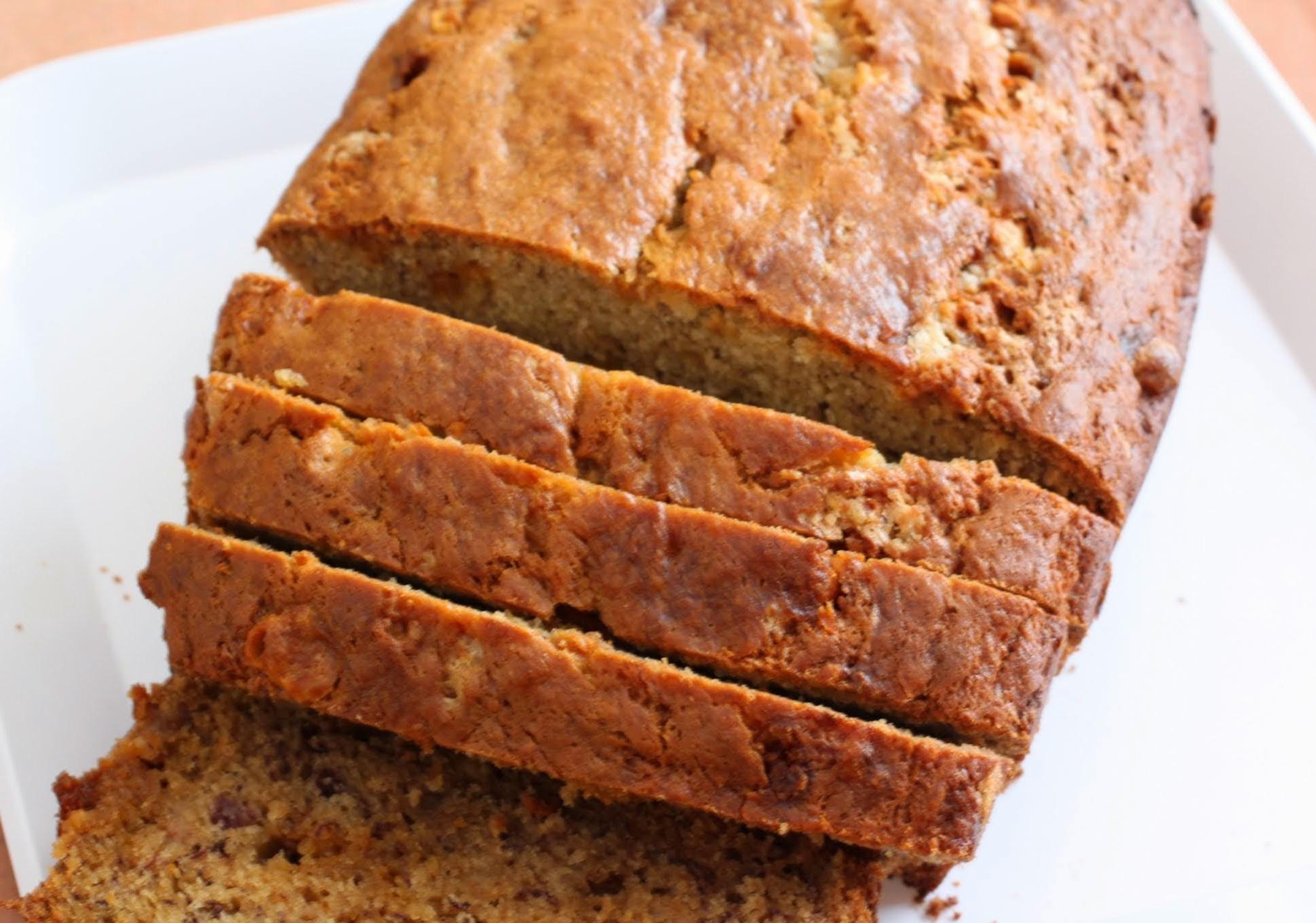 White Chocoolate Butterscotch Banana Bread
