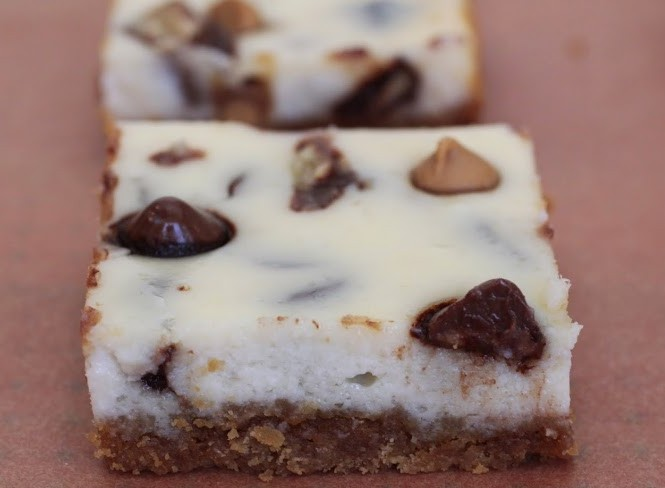 Tagalong Cheesecake Bars