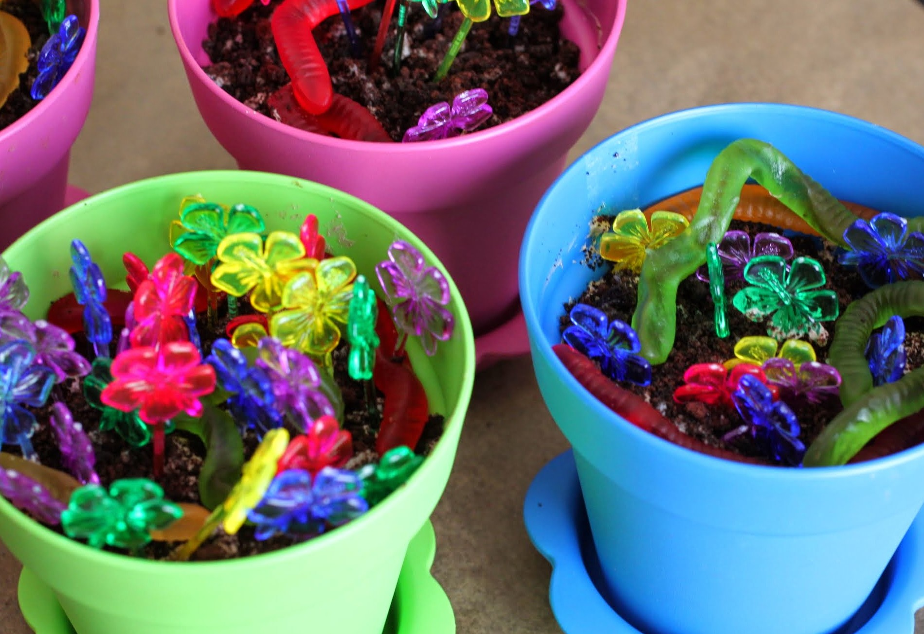 Cookies And Cream Mousse Flowerpots