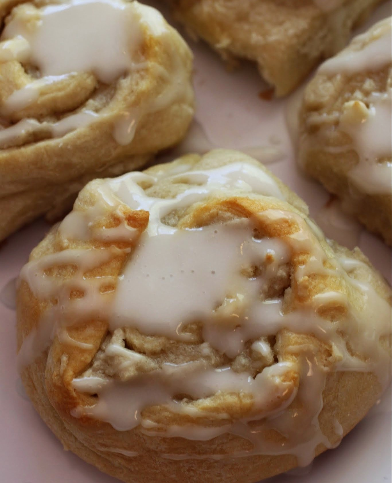 Easy Almond Sweet Rolls
