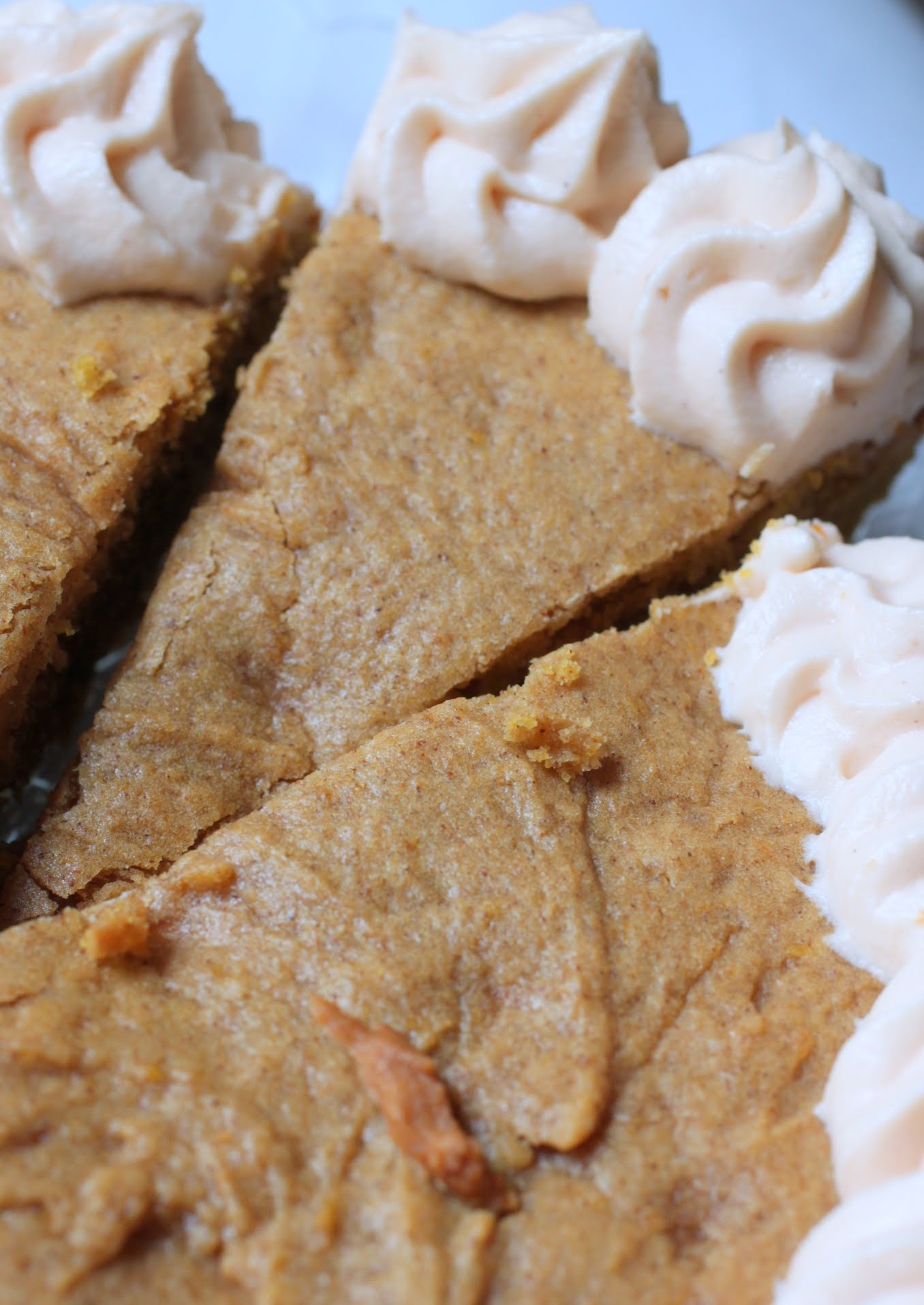 Pumpkin Spice Cookie Cake