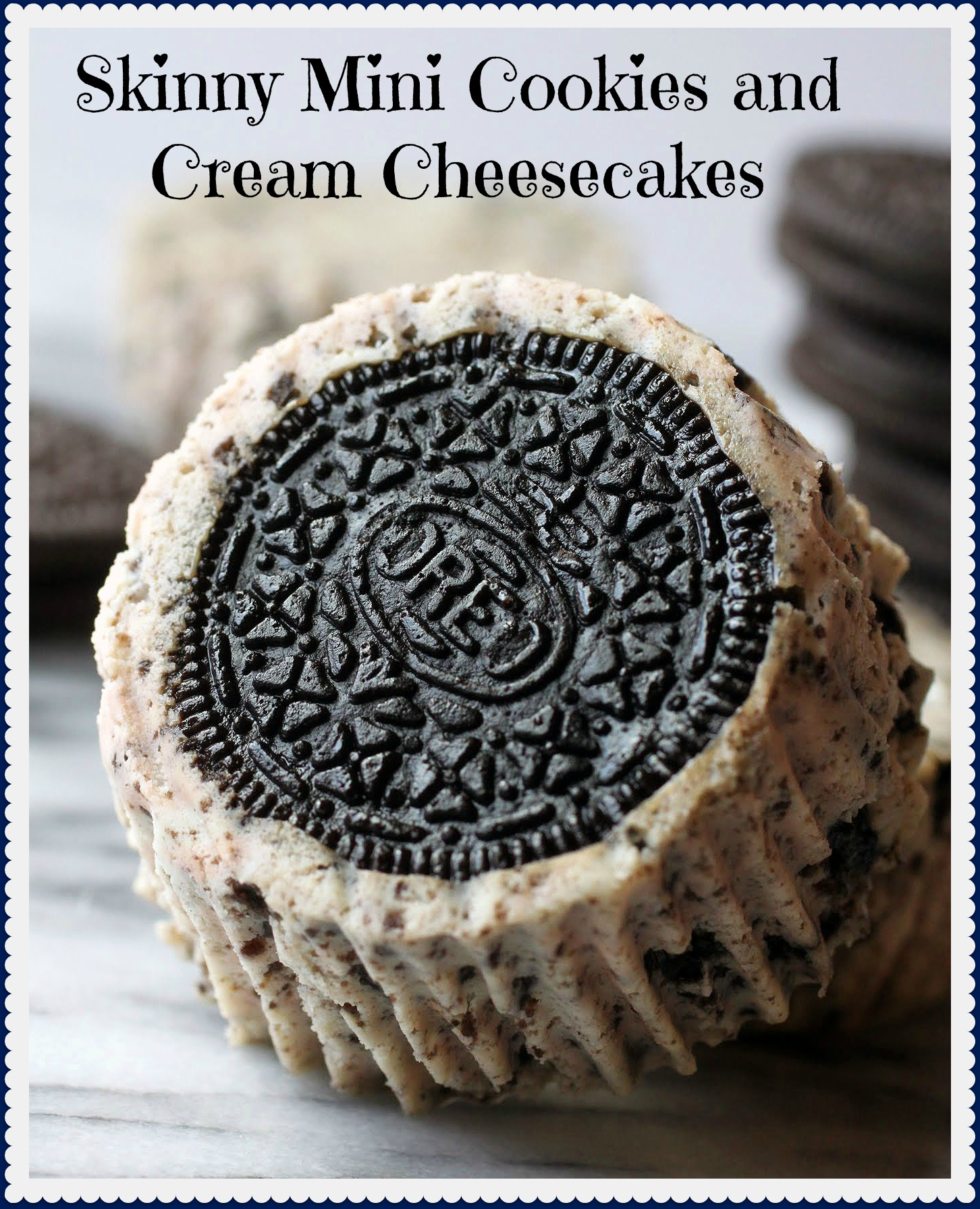 Skinny Mini Cookies and Cream Cheesecakes